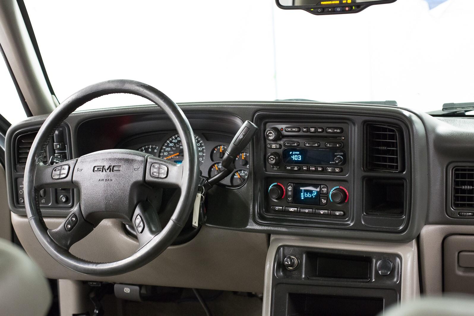 2004 GMC Yukon SLT full
