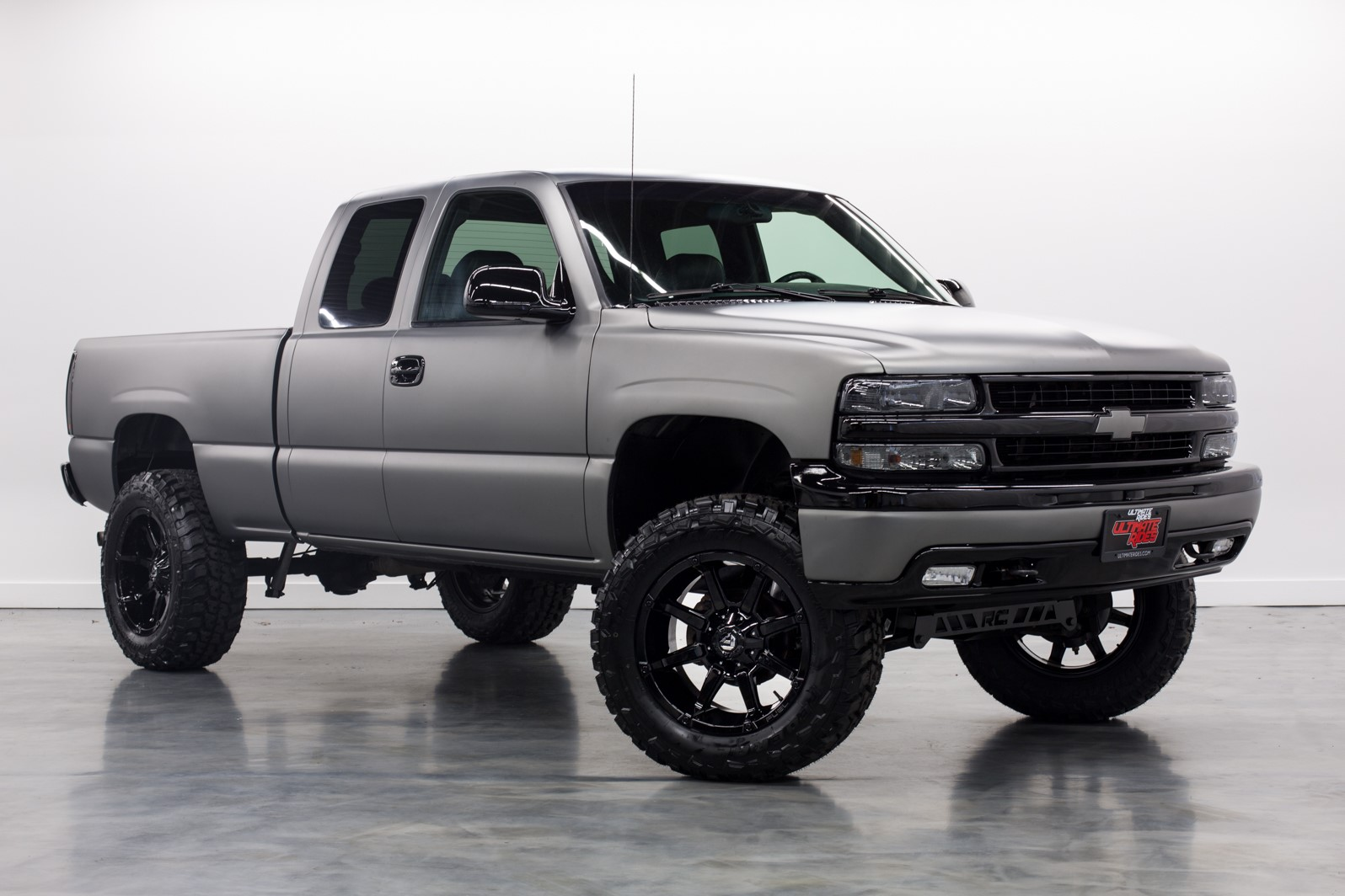 Chevy trucks lifted sale